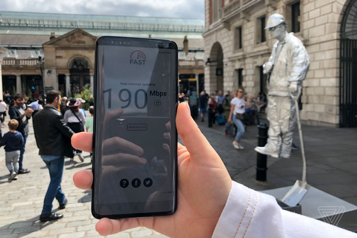 A Week With The Uk S First 5g Network Speed Coverage And