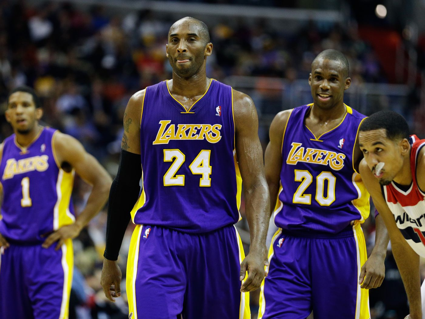 9a9997acb470 Los Angeles Lakers defeat Washington Wizards