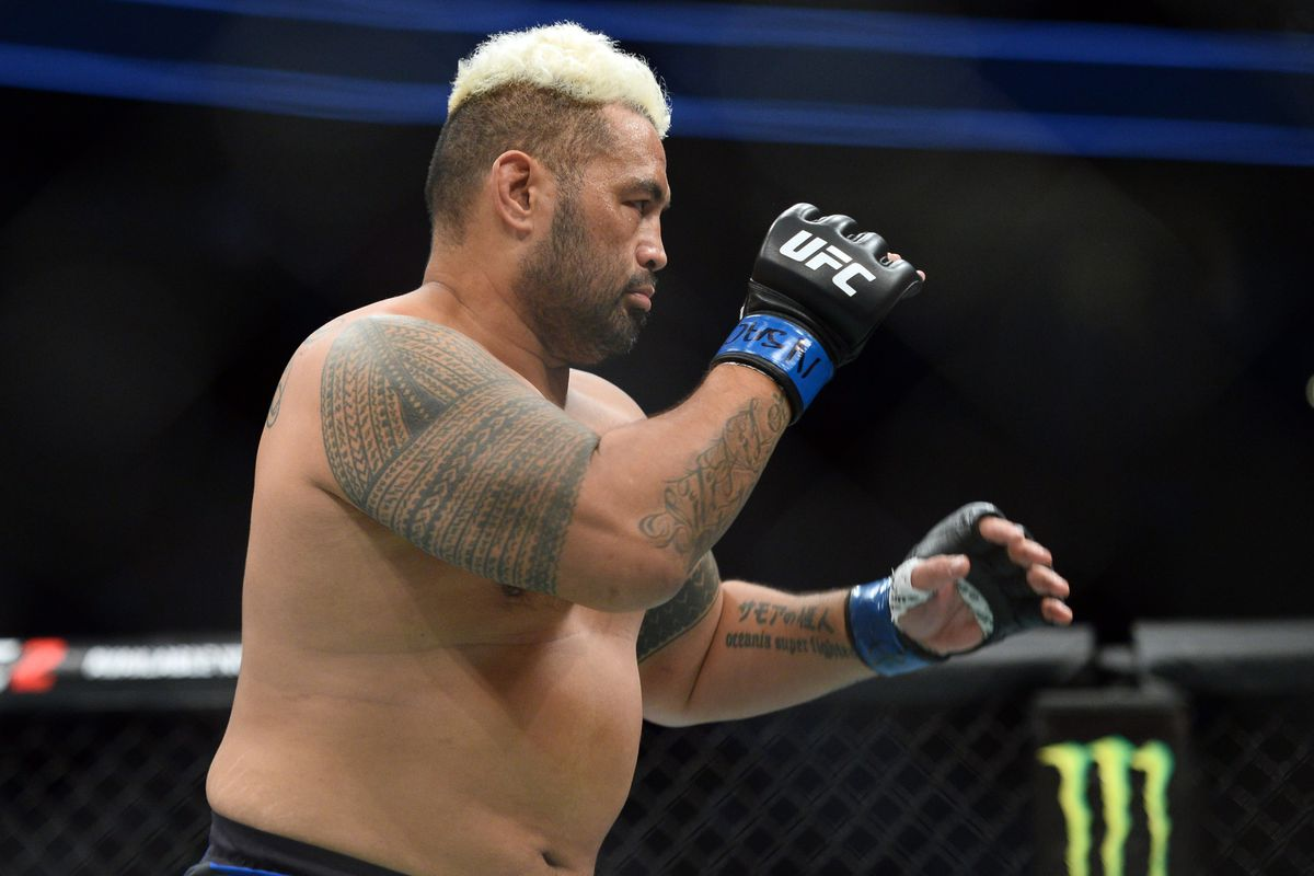 They said what?! Pros react to Mark Hunt's TKO of ...