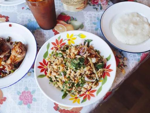 Nam Khao Tod salad at Night + Market Song