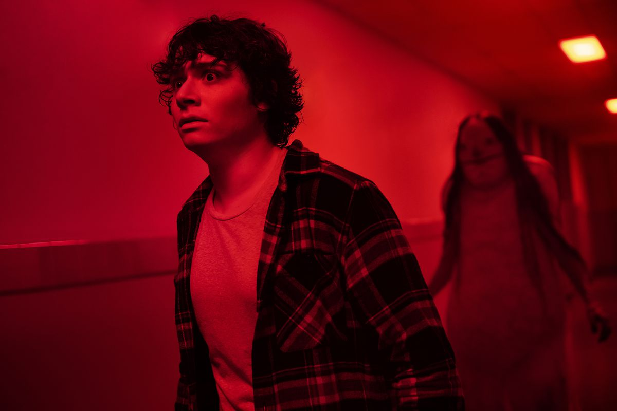 Scary Stories To Tell In The Dark Review A Surprisingly Scary