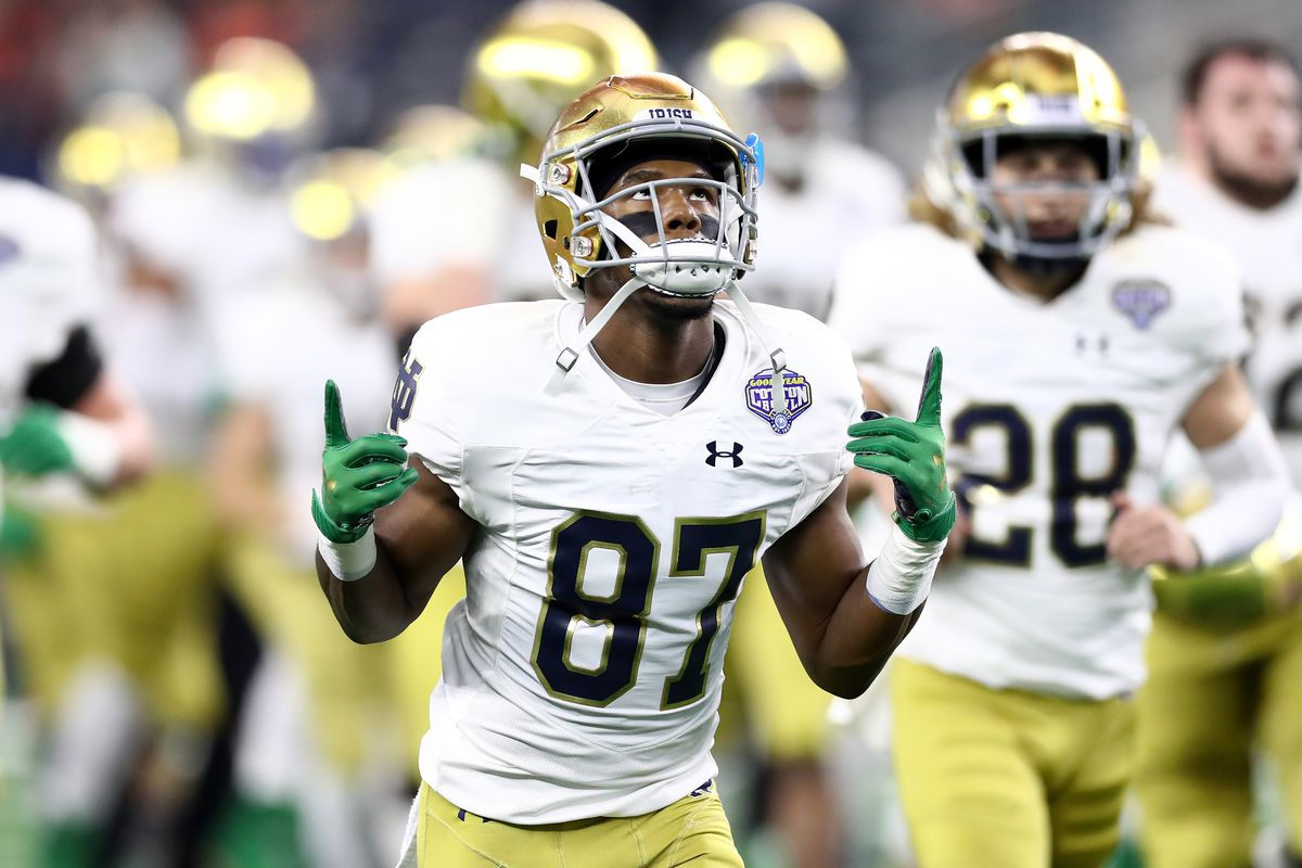 Notre Dame Football: Wide Receiver Michael Young to transfer