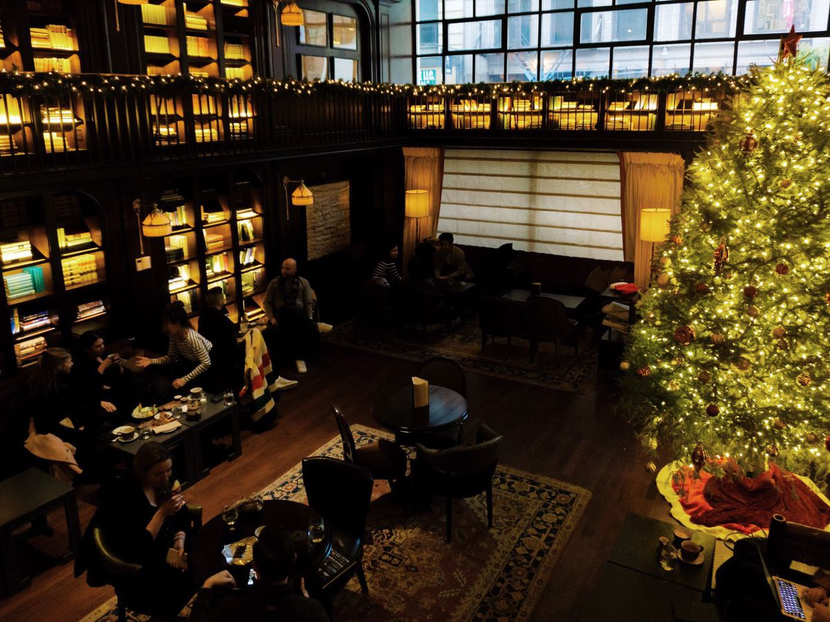 German Christmas Restaurant Nyc.18 Nyc Restaurants With Holiday Decorations Eater Ny