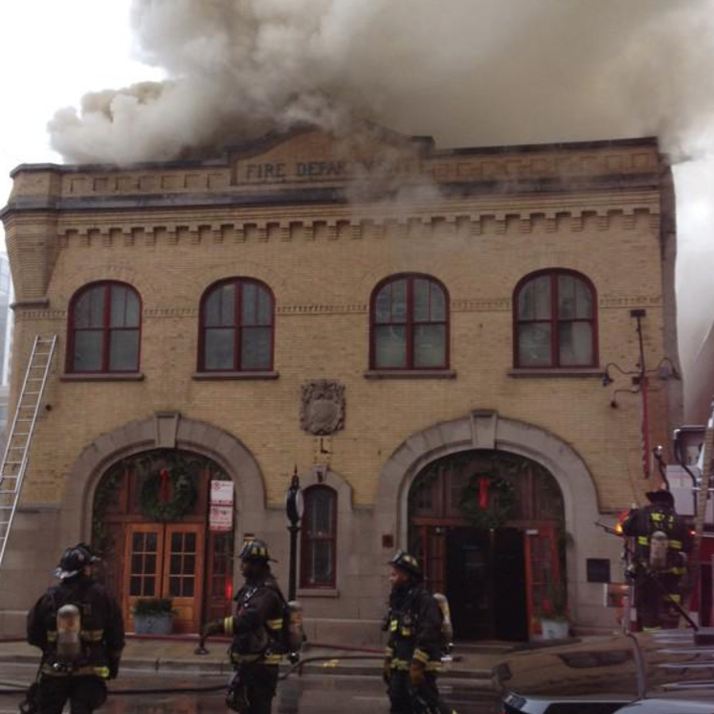 NEW UPDATE: Crews Fighting Blaze at Chicago Firehouse