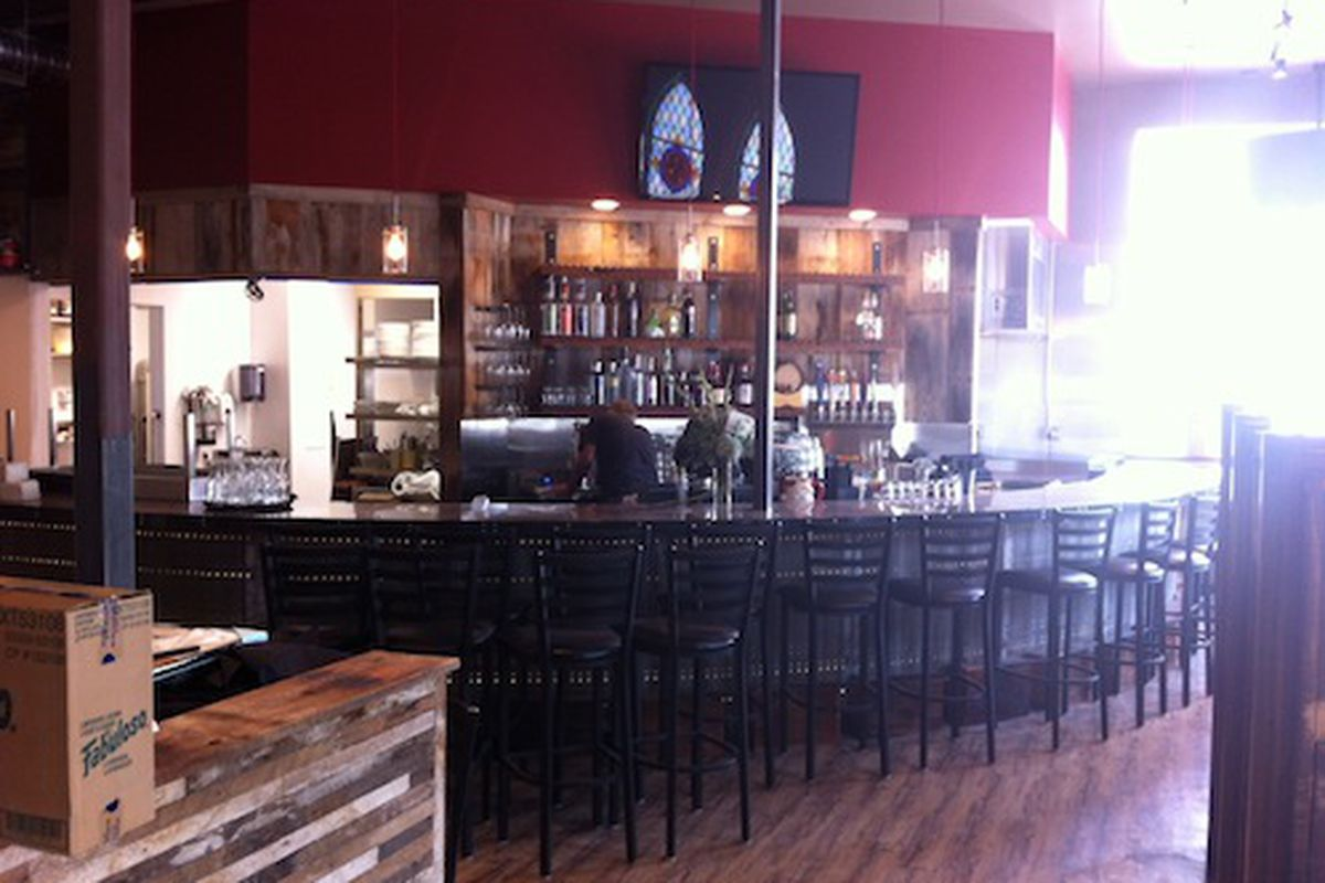Angelo's Taverna