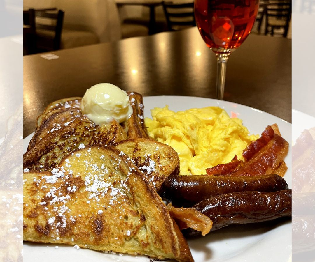 French toast with eggs and bacon