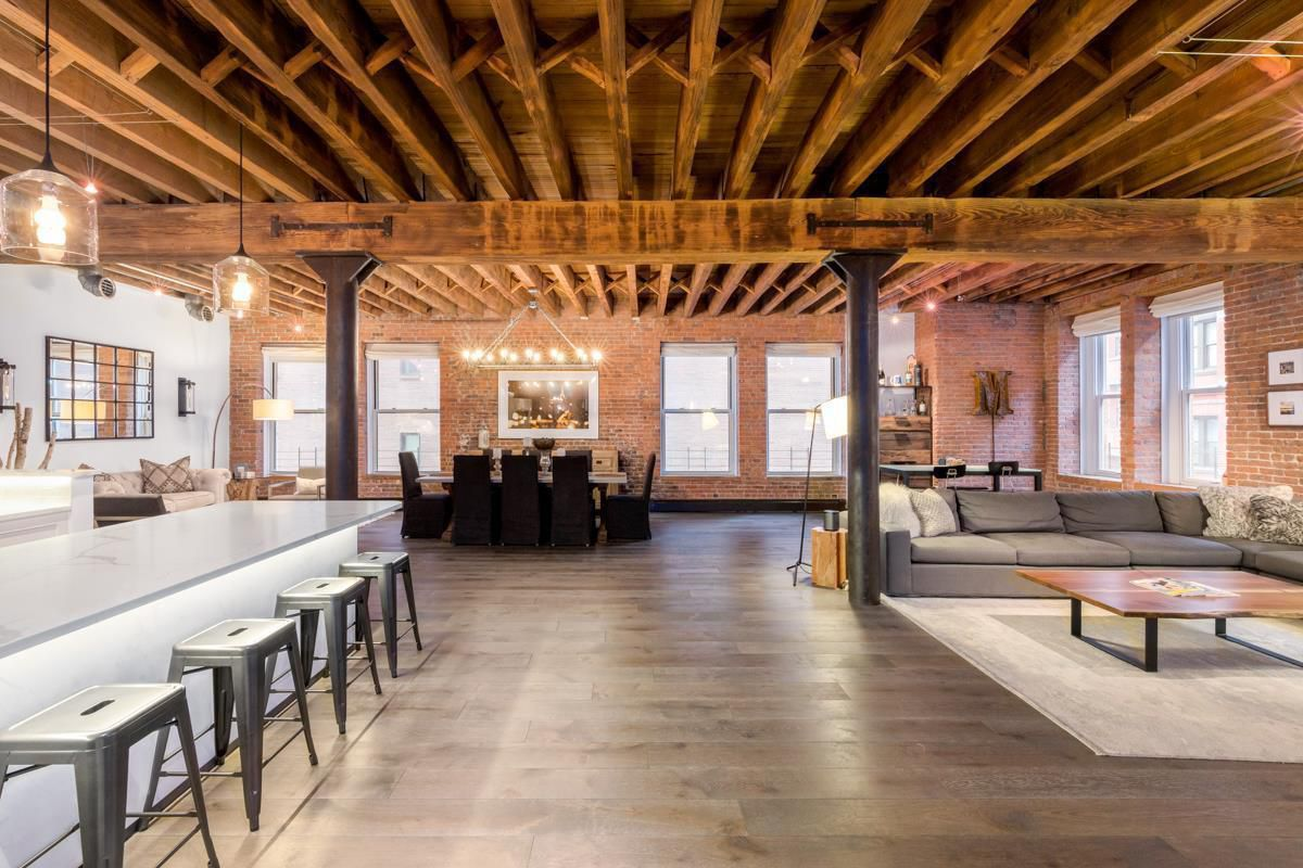 New york ranger 39 s loft in taylor swift 39 s tribeca for Tribeca loft for sale