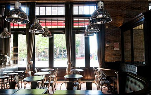 After Four Years This Rustic Neighborhood Italian Restaurant Is Still One Of The Hottest Tickets In Town Krieger