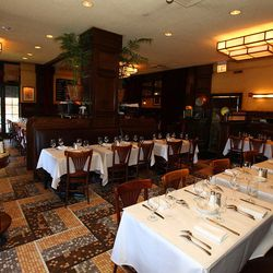 Here Are 20 Of Chicago S Most Iconic Dining Rooms Eater