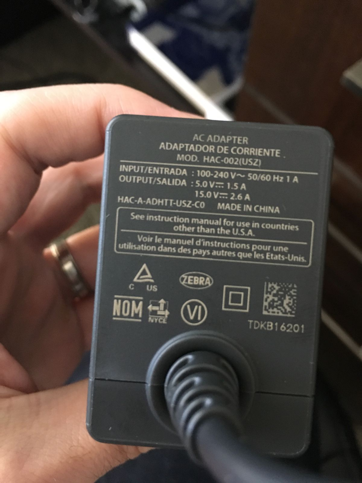 The nintendo switch battery pack situation is more complicated than as we can see the switch actually outputs two power at two different level 50v15a and 150v26a which works out to 75w and 39w respectively publicscrutiny Images