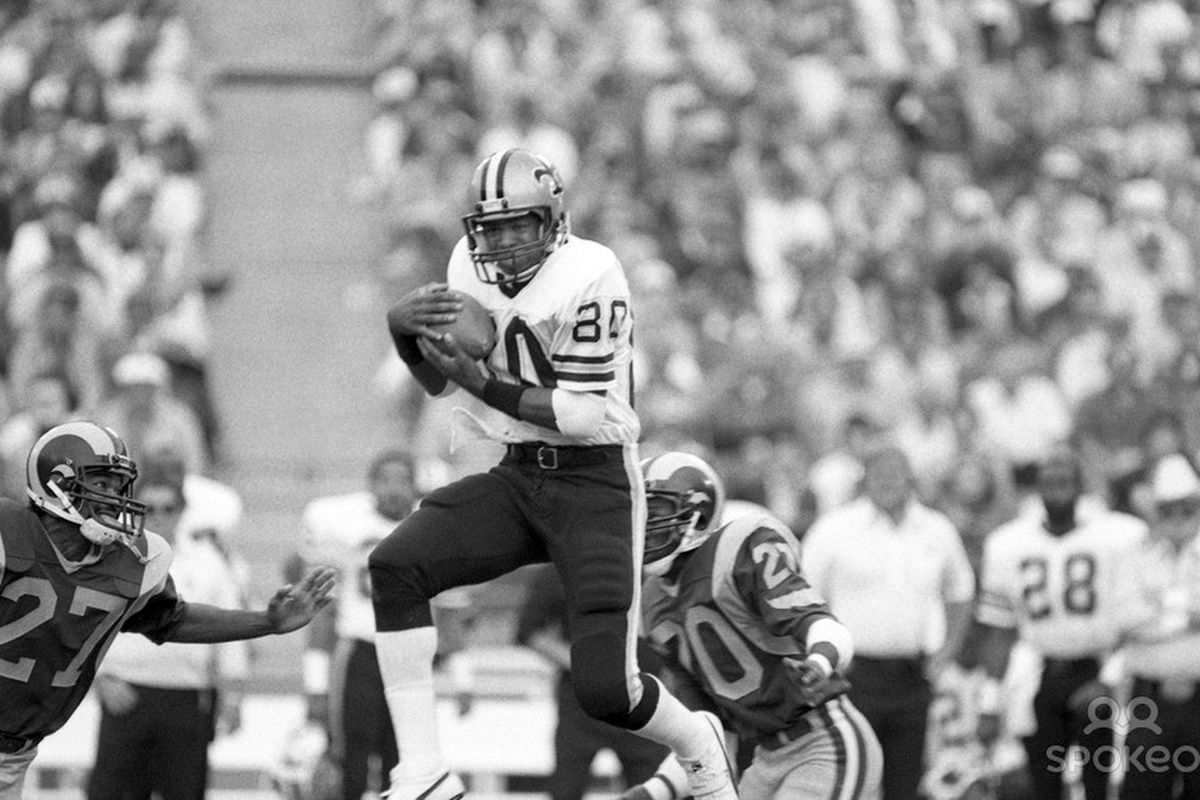 Dec 2, 1984; Anaheim, CA, USA; FILE PHOTO; New Orleans Saints receiver Lindsay Scott (80) in action against the Los Angeles Rams at Anaheim Stadium.
