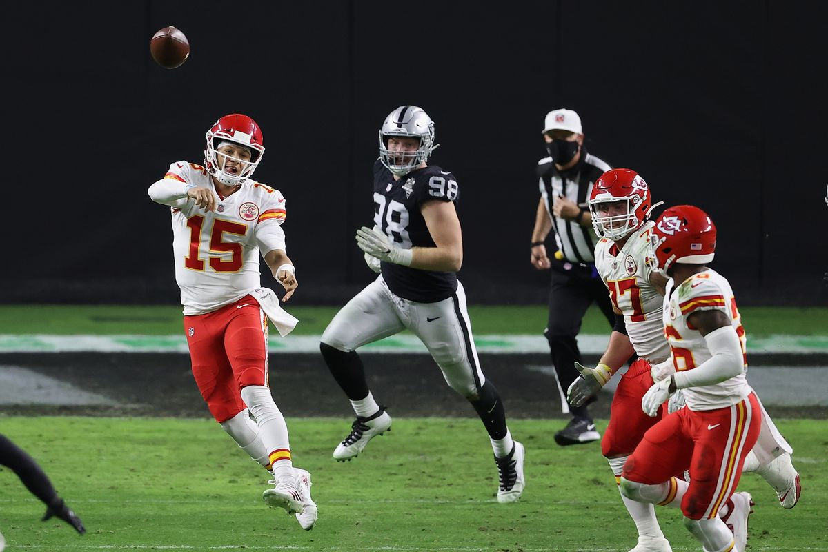 Kansas City Chiefs v Las Vegas Raiders