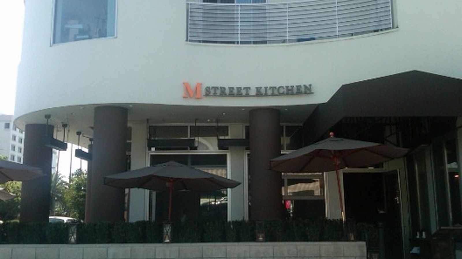 M Street Kitchen And Stella Rossa Pizza Bar Open Rick Bayless 39 La Resto Picks Lee Schrager