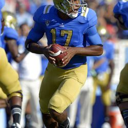 UCLA quarterback Brett Hundley gets set to pass during the first half of their NCAA football game against Nebraska, Saturday, Sept. 8, 2012, in Pasadena, Calif.  (AP Photo/Mark J. Terrill)