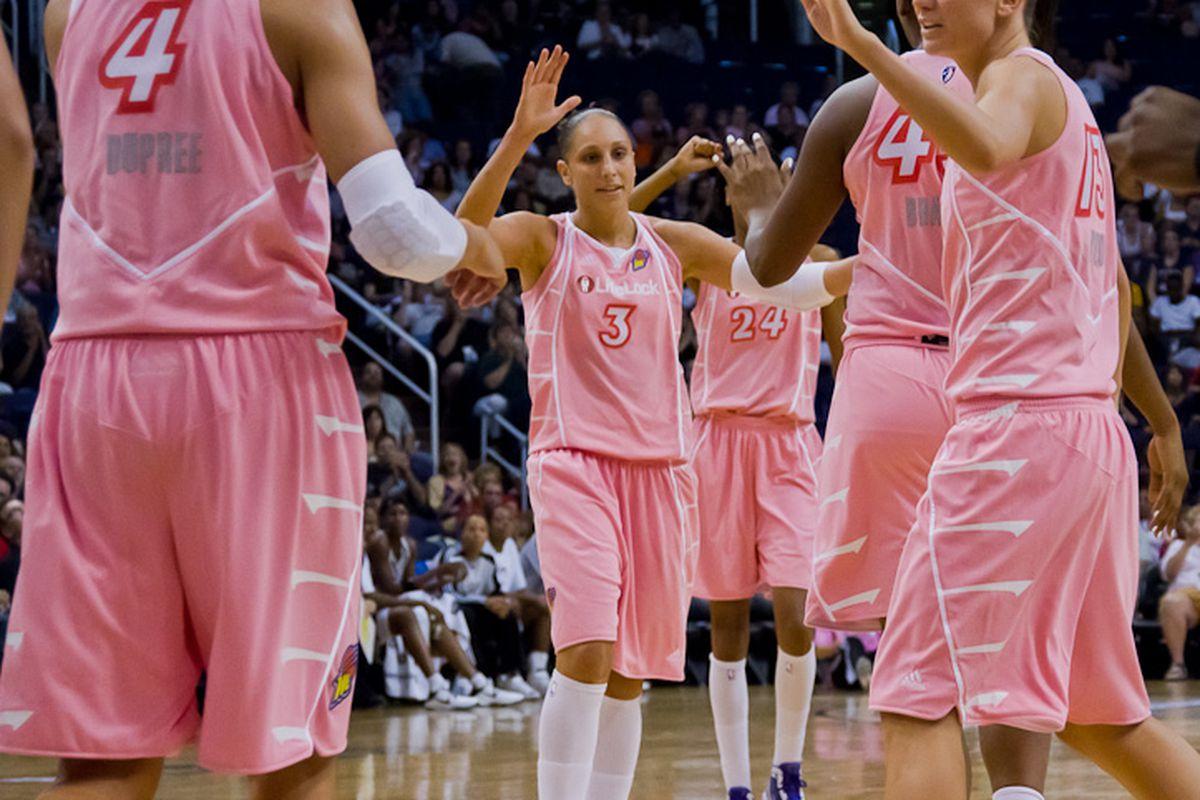 Phoenix Mercury in their Breast Health Awareness pink uniforms. (Photo by Ryan Malone)
