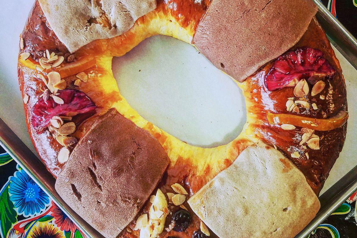 A baking sheet with a circular ring of Kings Bread at La Calavera in Kirkwood, Atlanta