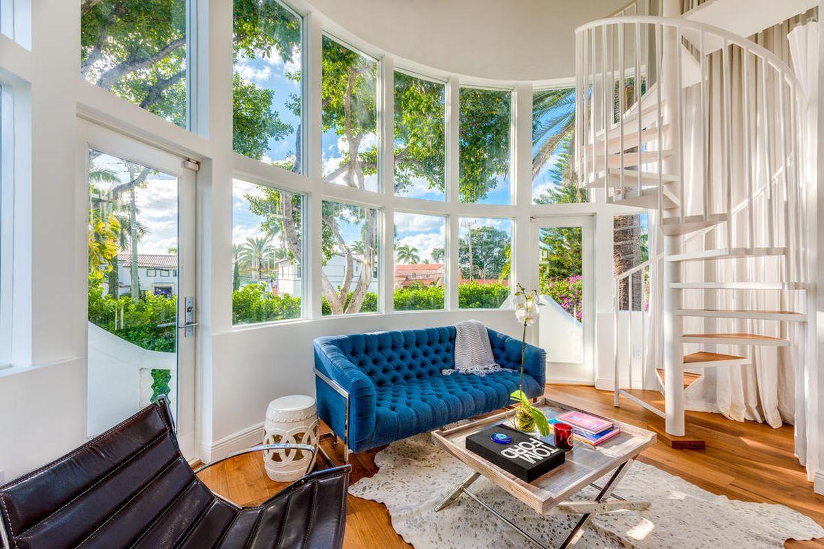 Art deco home in Miami Beach sells for $3M - Curbed Miami