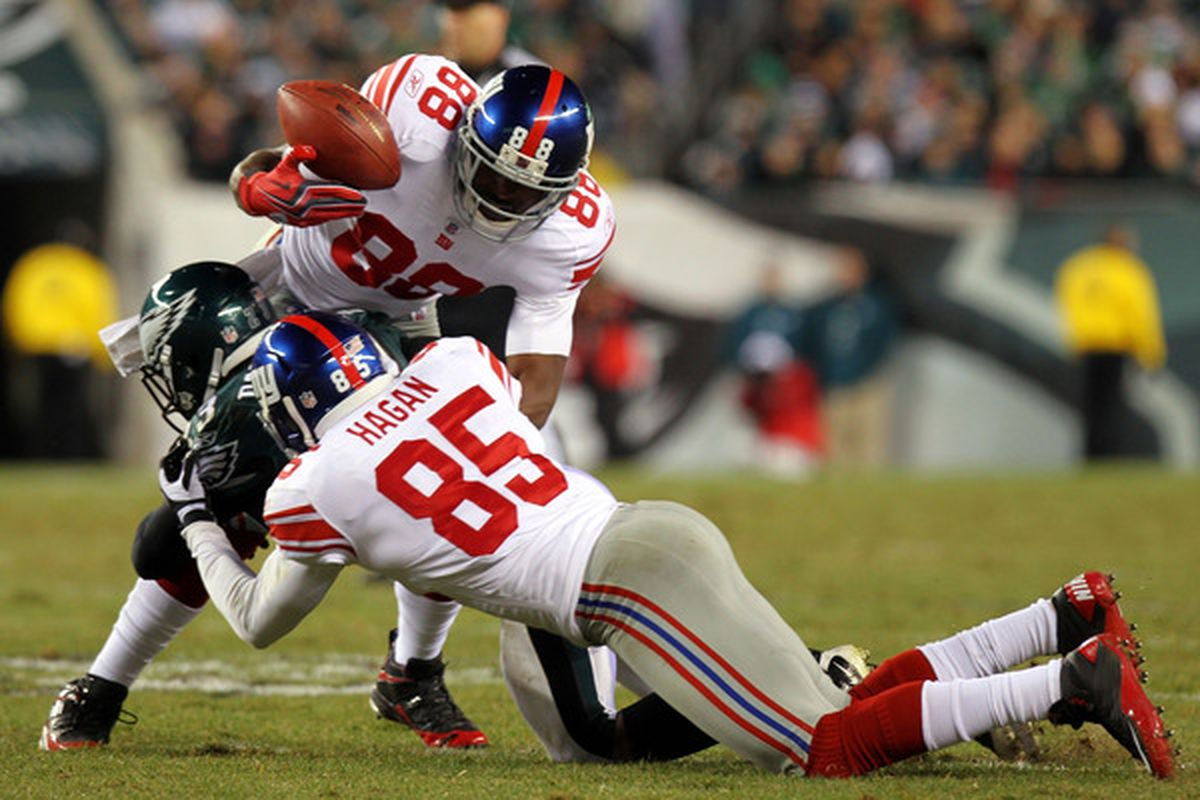 Hakeem Nicks (88) of the New York Giants tries to gain control of the ball against Dimitri Patterson (23) of the Philadelphia Eagles at Lincoln Financial Field on November 21 2010 in Philadelphia Pennsylvania.  (Photo by Nick Laham/Getty Images)