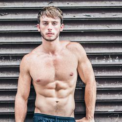 """<a href=""""http://ny.racked.com/archives/2013/08/05/hottest_trainer_contestant_2_patrick_frost.php""""><b>Patrick Frost</b></a>.  Photo by <a href=""""http://peladopelado.com/"""">Driely S</a>"""