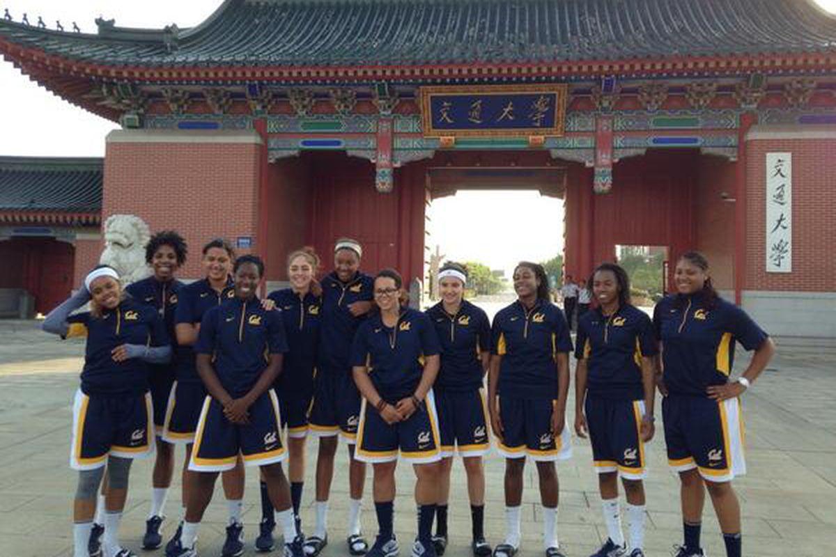 via @calcoachG twitter, the Bears in Shanghai!