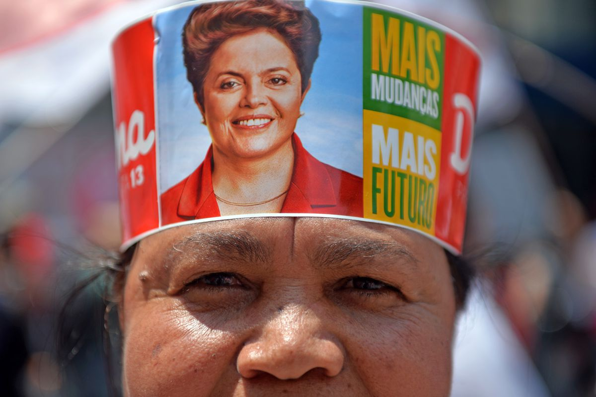pt supporter Rousseff