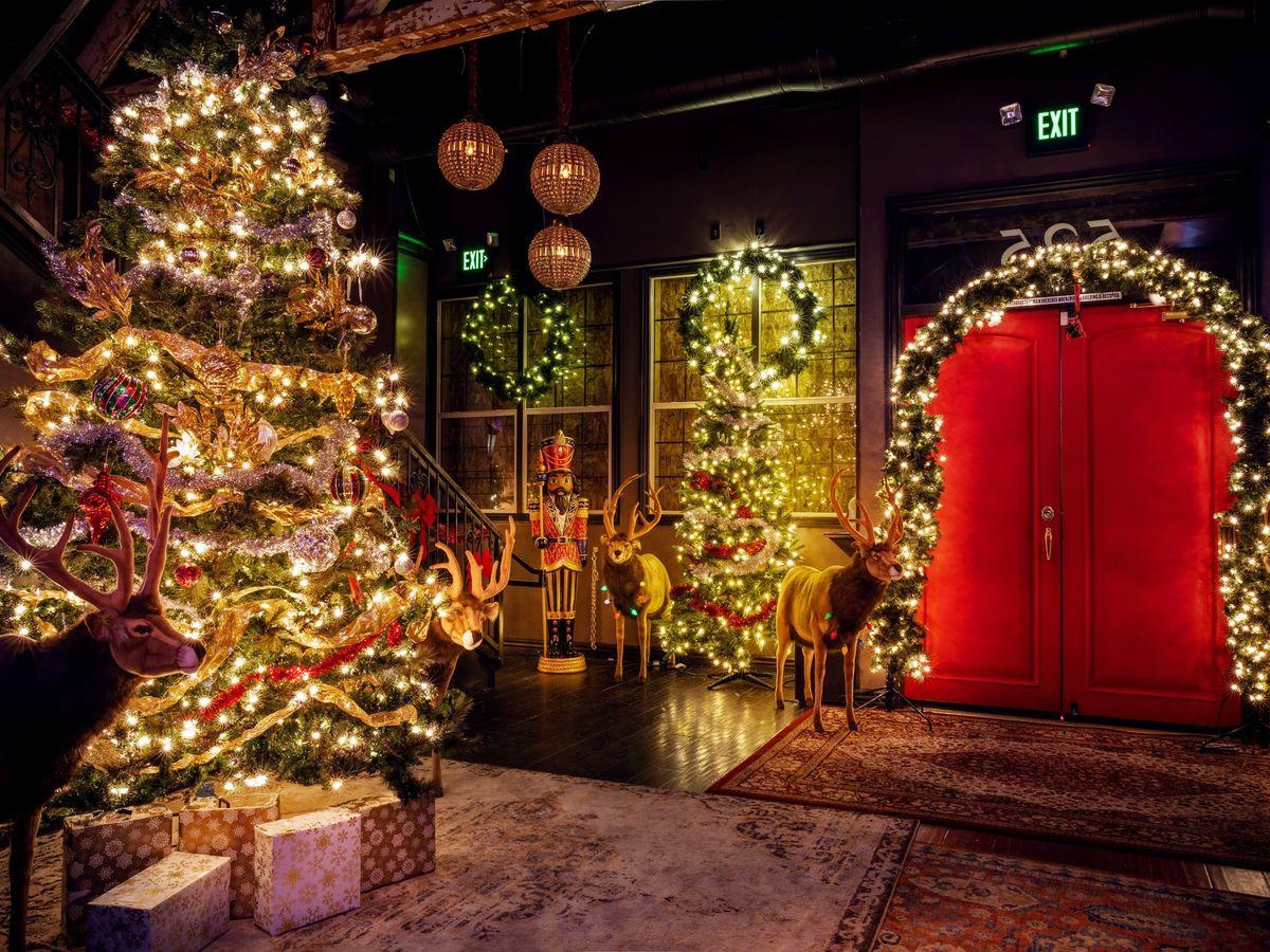 A bar with a Christmas tree