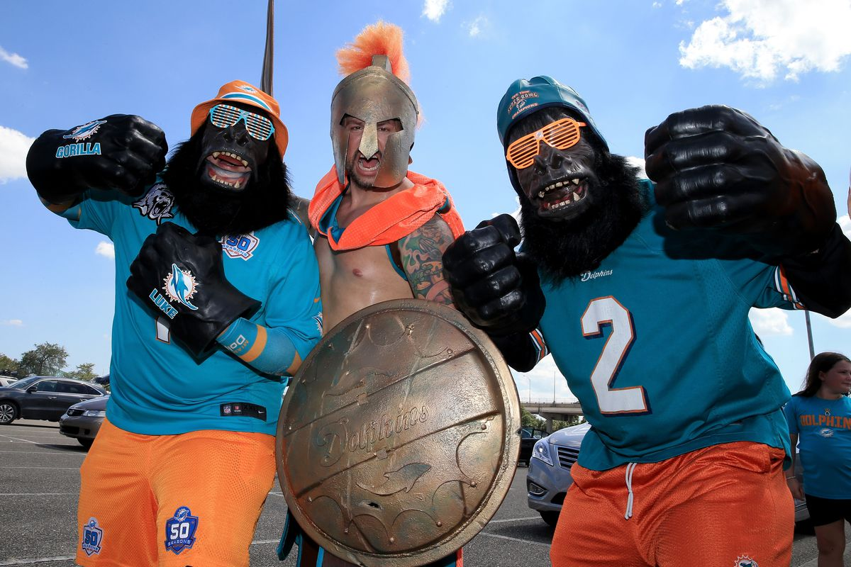 Alpha and his relatives enjoy a Dolphins game!