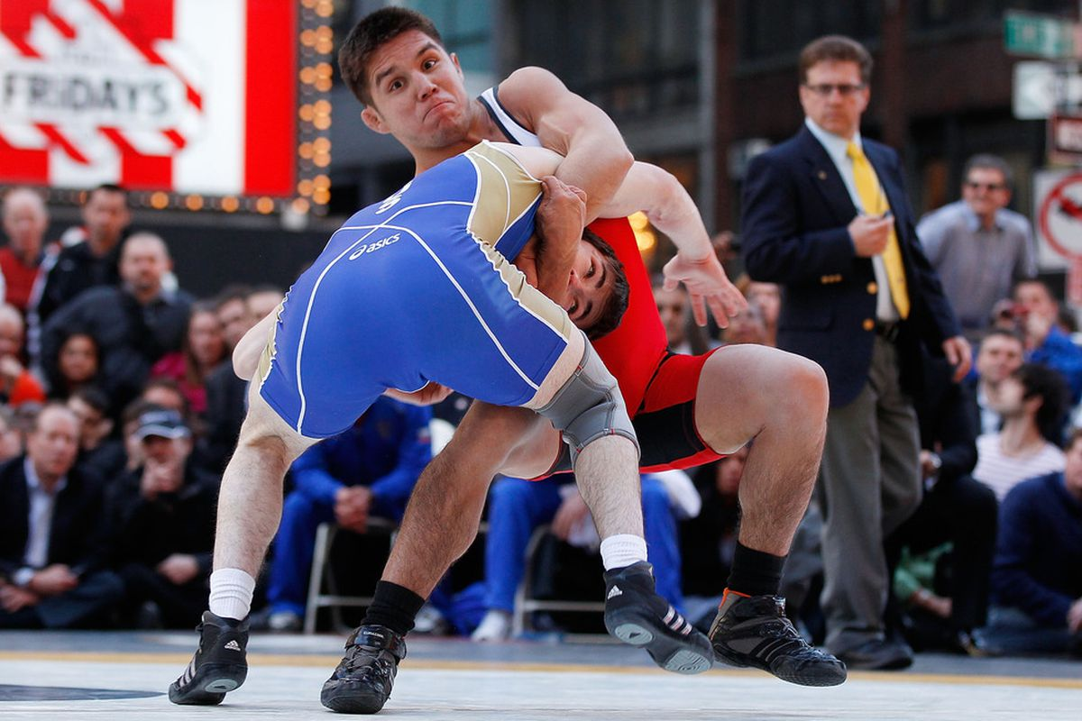 Bildresultat för henry cejudo wrestling gold