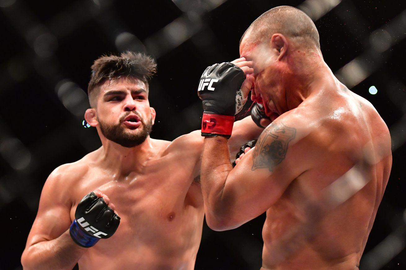UFC on FOX 25 fight card: Chris Weidman vs Kelvin Gastelum preview