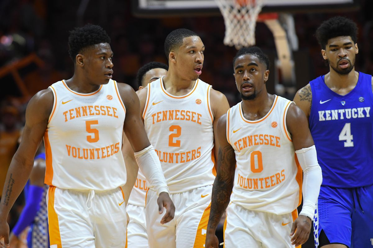 quality design 412f0 73428 Basketball Q&A: Tennessee Volunteers - College and Magnolia