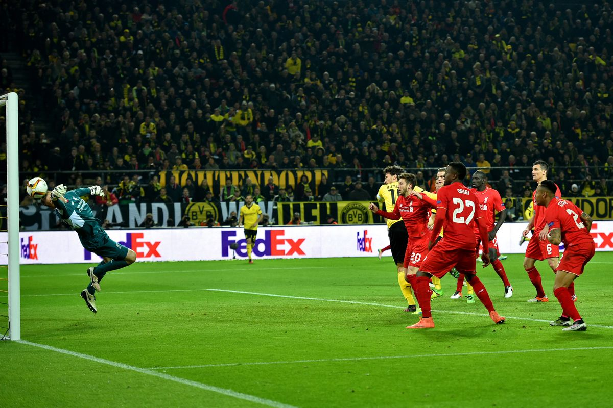 Hummel smashes it into the goal