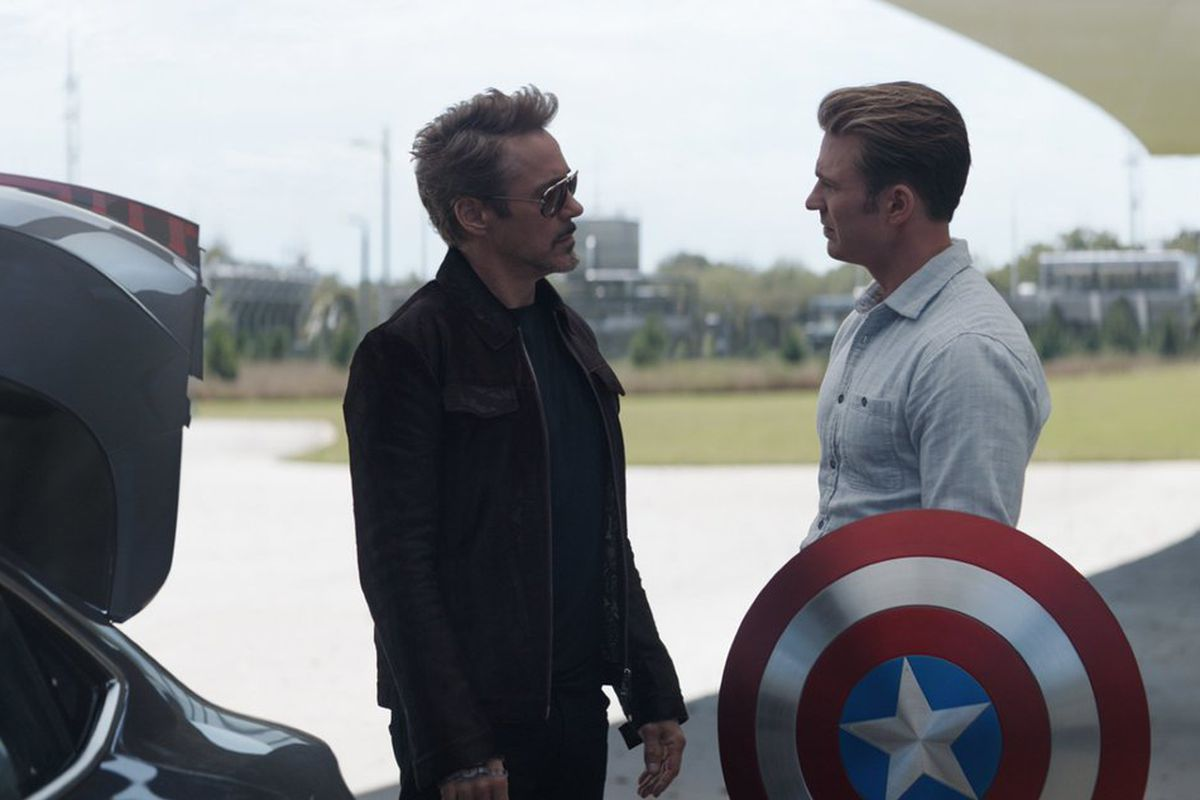 """Tony Stark (Robert Downey Jr.) and Steve Rogers (Chris Evans) appear in """"Avengers: Endgame."""""""