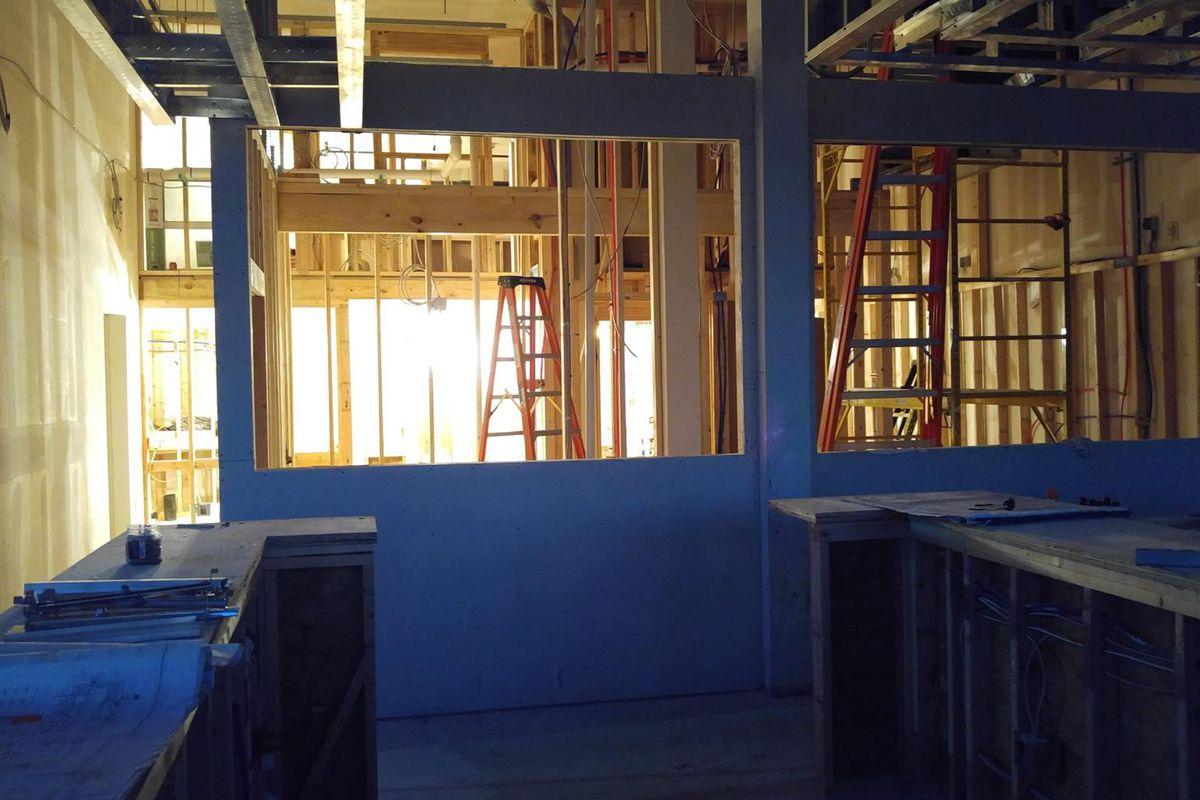 El Chipiron's plywood