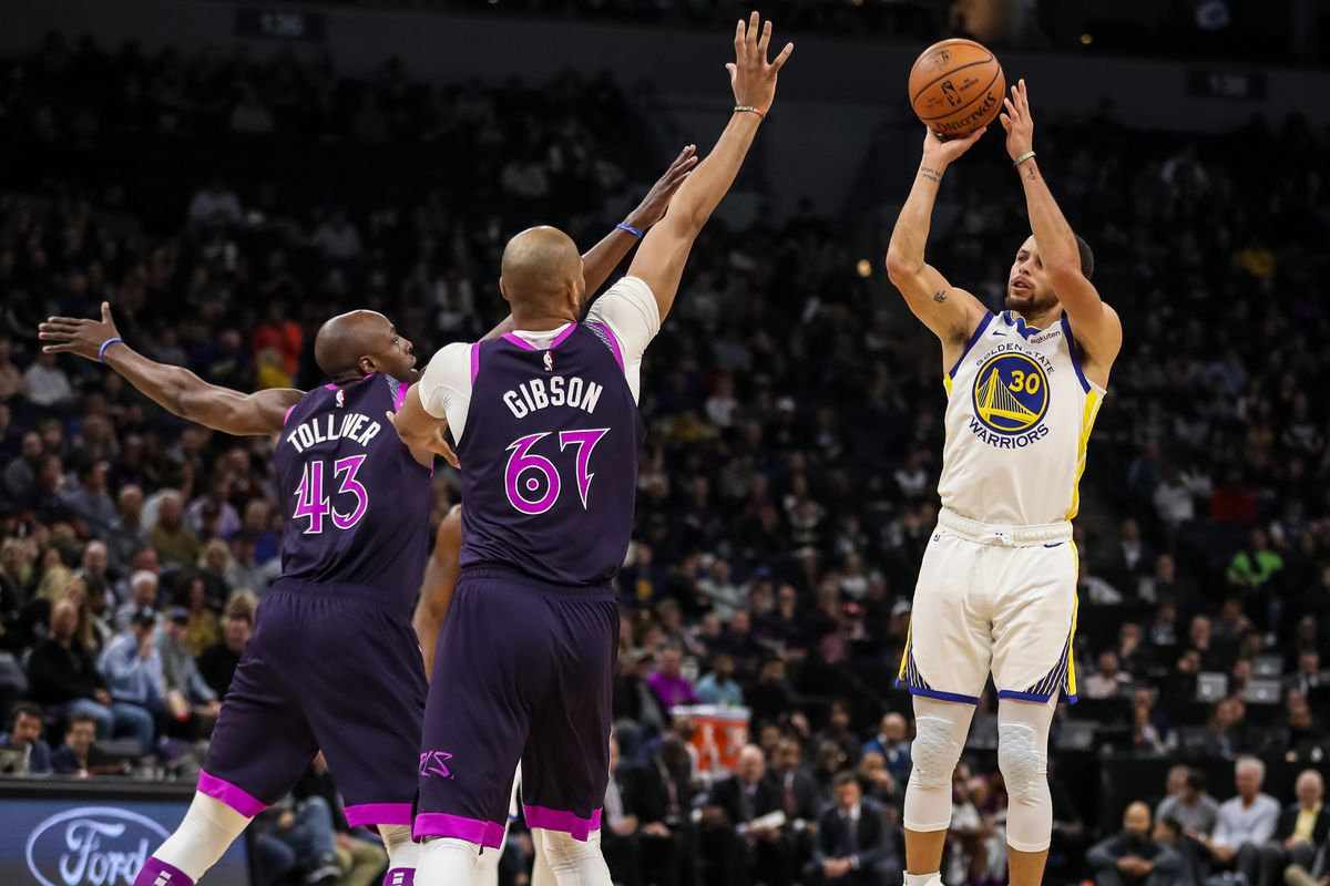 389d71dbc1d Warriors Breakdown  How the Dubs screened the Timberwolves to death - Golden  State Of Mind