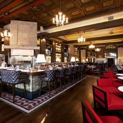"""<strong><a href=""""http://boston.eater.com/tags/oak-long-bar-kitchen"""">Oak Long Bar + Kitchen</a></strong>, Back Bay. After more than $20 million in renovations, The Fairmont Copley Plaza recently debuted this new take on the space that was formerly the Oak"""