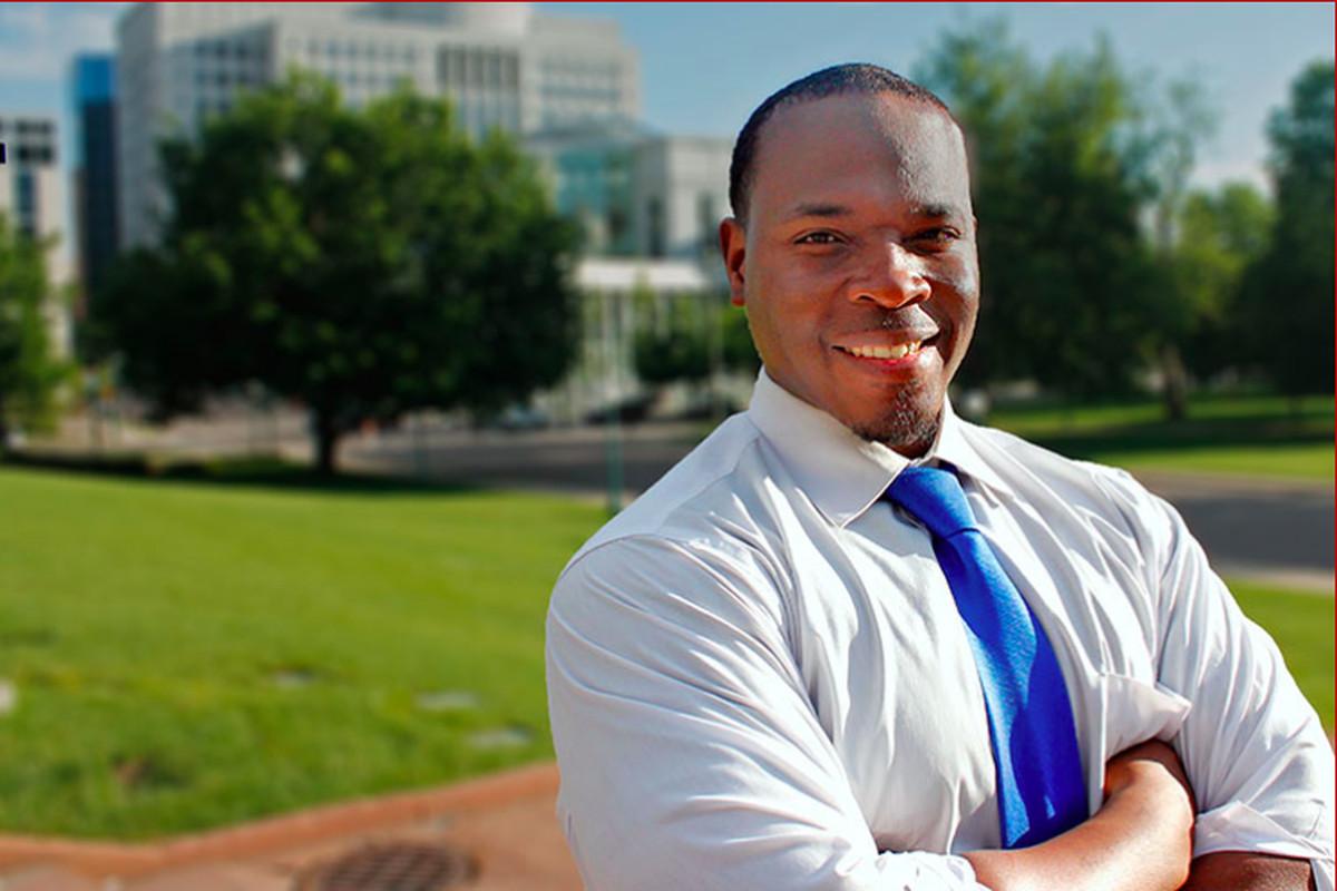 Aurora Public Schools board member Eric Nelson in a campaign photo.