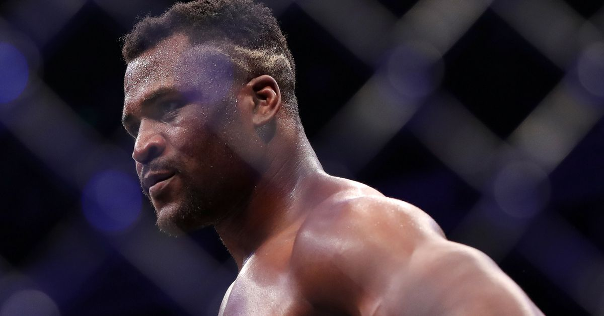 Ngannou Ends Cain in 26 Seconds, Cain?s Knee Pops
