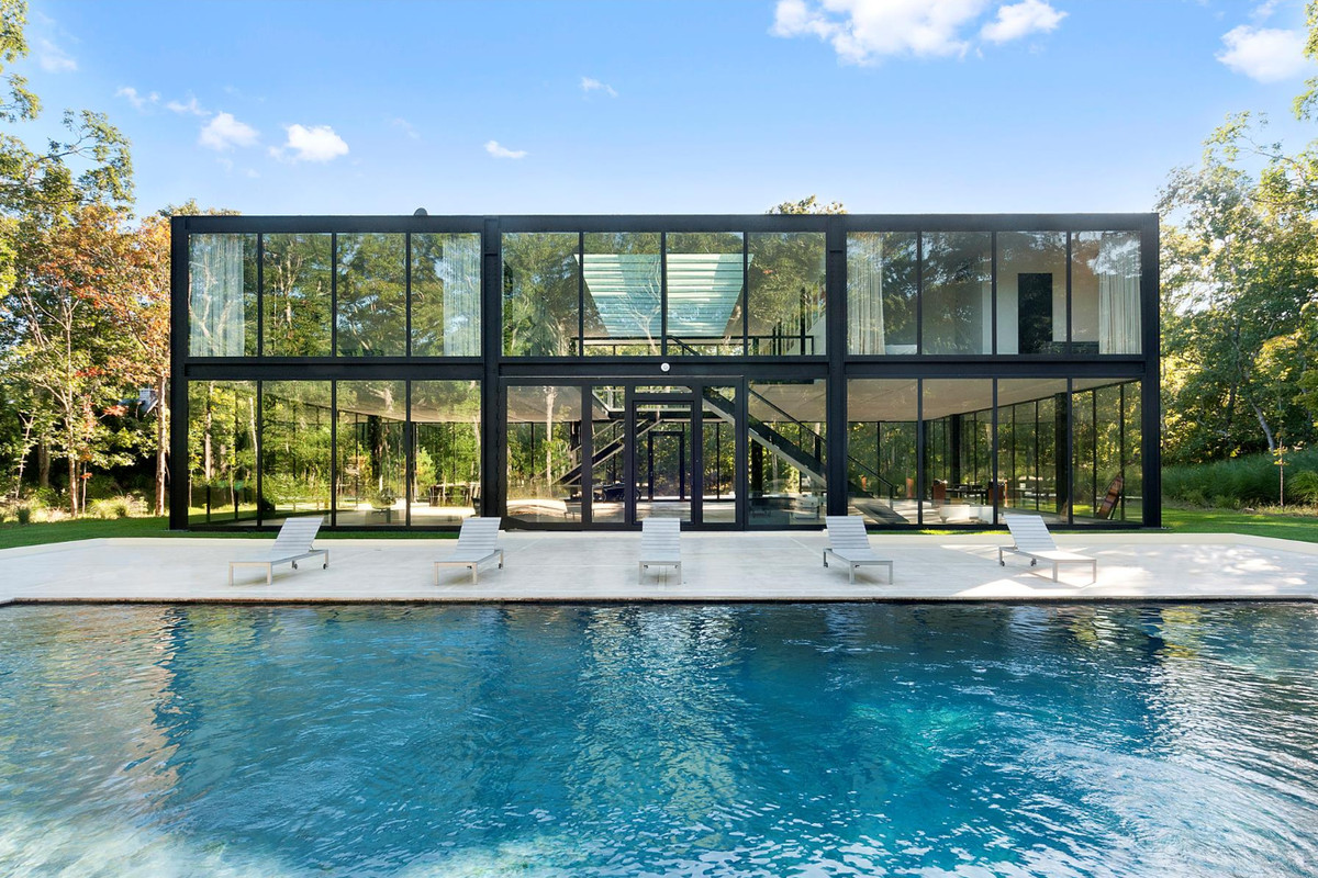 Glass block house in springs is now under 5m curbed for Mansions in the hamptons for sale
