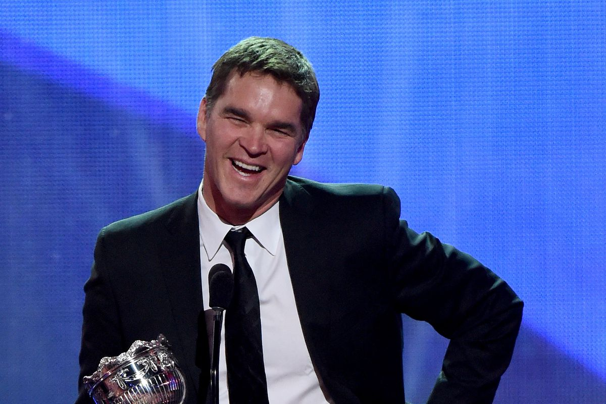 Luc Robitaille at the 2016 NHL Awards