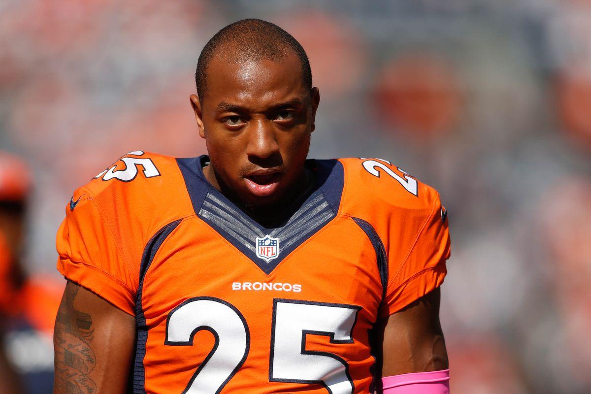 Chris Harris Injury Broncos Cb Has Successful Knee Surgery