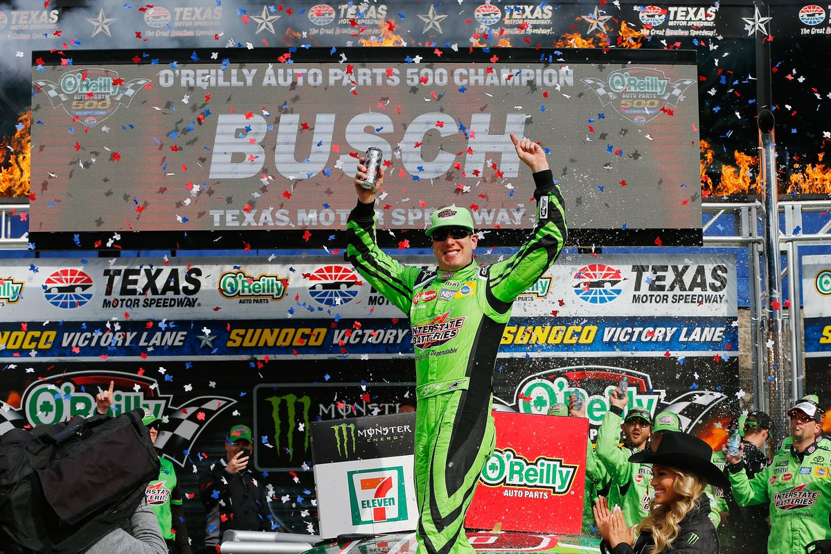 Kyle Busch Holds Off Kevin Harvick for 1st Win of the Season