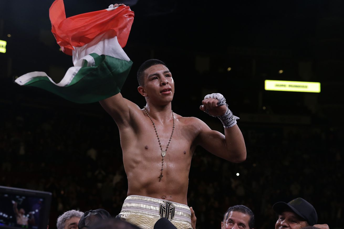 1125241030.jpg.0 - Munguia looking to put possible final stamp on run at 154
