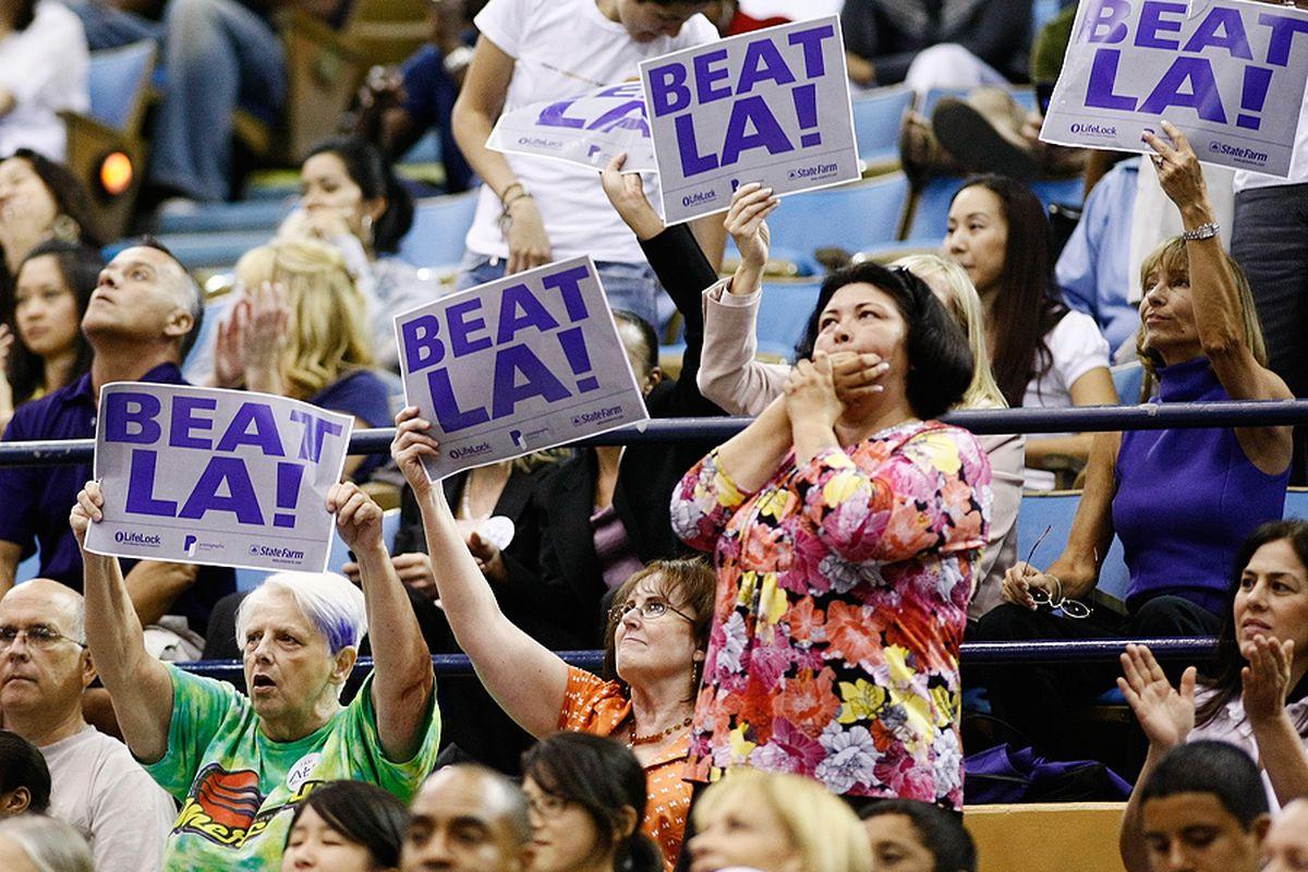 <em>Phoenix Mercury fans LA. Photo by Craig Bennett</em>
