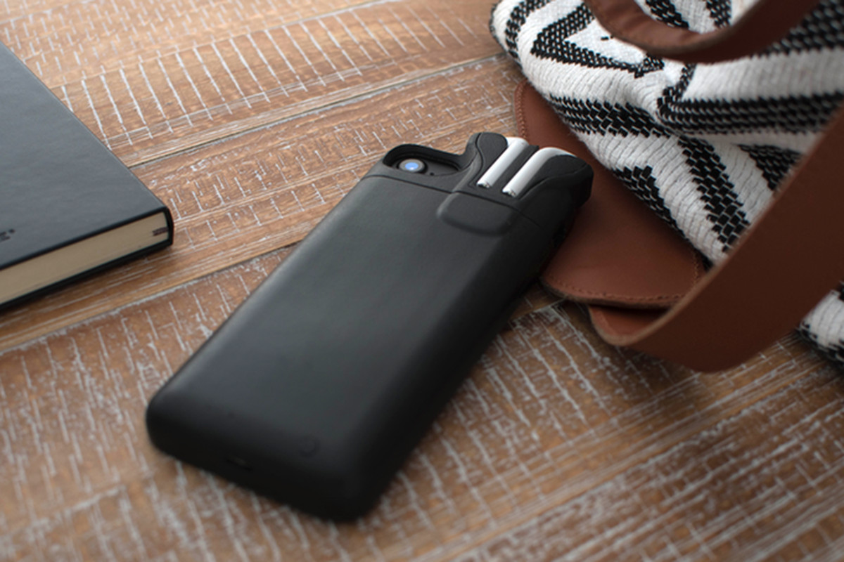 Will Iphone X Charge With Case