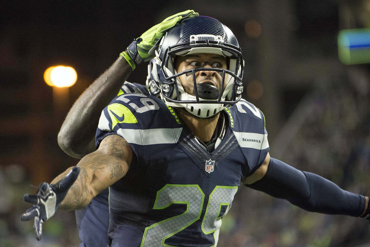 Questions with the enemy 5 discussing the Earl Thomas injury