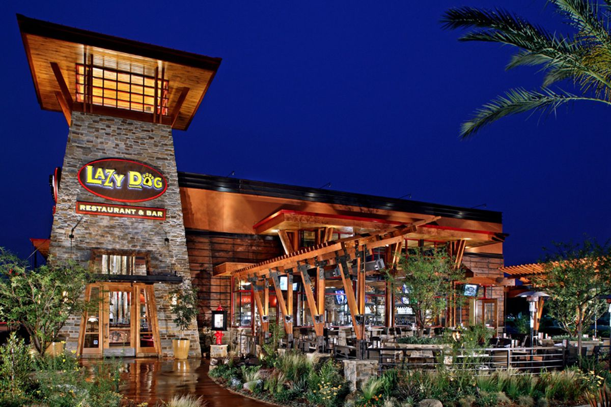 Lazy Dog Restaurant Updates Its Downtown Summerlin Pad