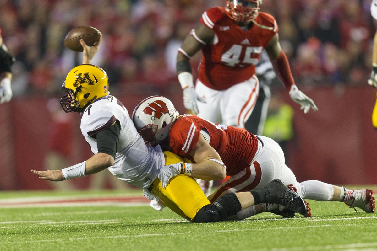 OLB Vince Beigel is the heart of the Wisconsin defense.