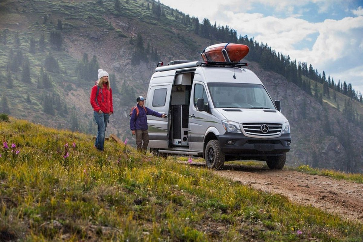 Rv Rentals New Club Lets You Rent Winnebago Campers Instead Of Buying Curbed
