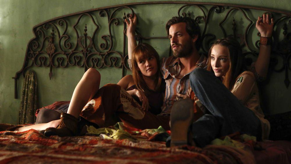 Manson (played by Gethin Anthony) and two of his girls in NBC's Aquarius.