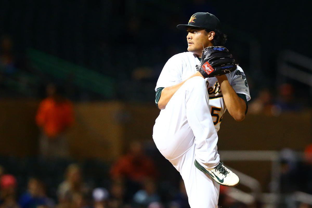 In case you hadn't noticed, all of our pictures of Manaea are from the same day in the Arizona Fall League.